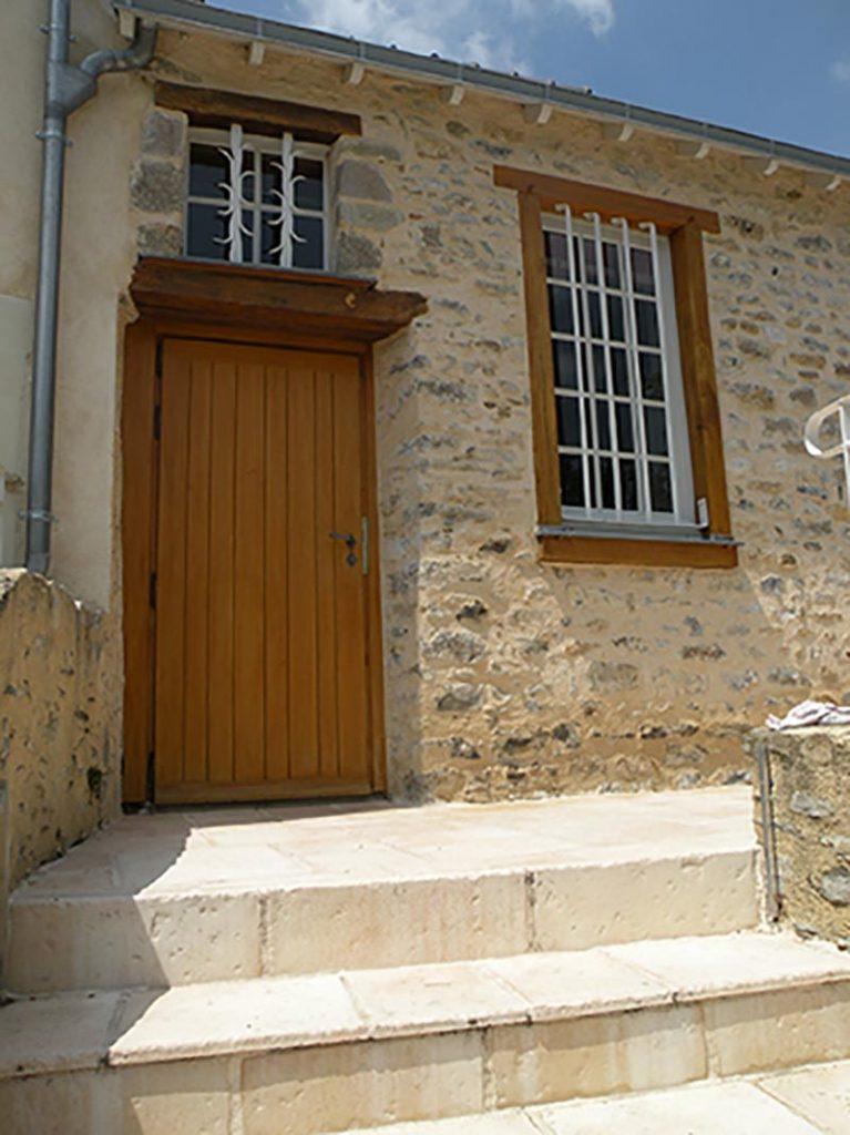 Derouet Menuiserie Entreprise Derouet Menuiserie A Saint Ouen Des Toits Img (8) 151